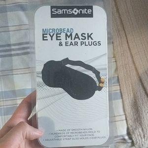 Samsonite Microbead Eye Mask & Earplugs